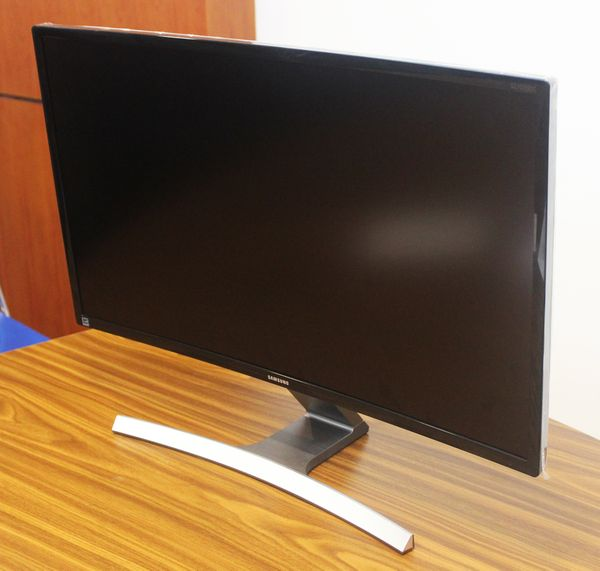 led IPS 27 inch Wide
